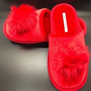 New Victoria Secret Slippers Pom Pom Red M